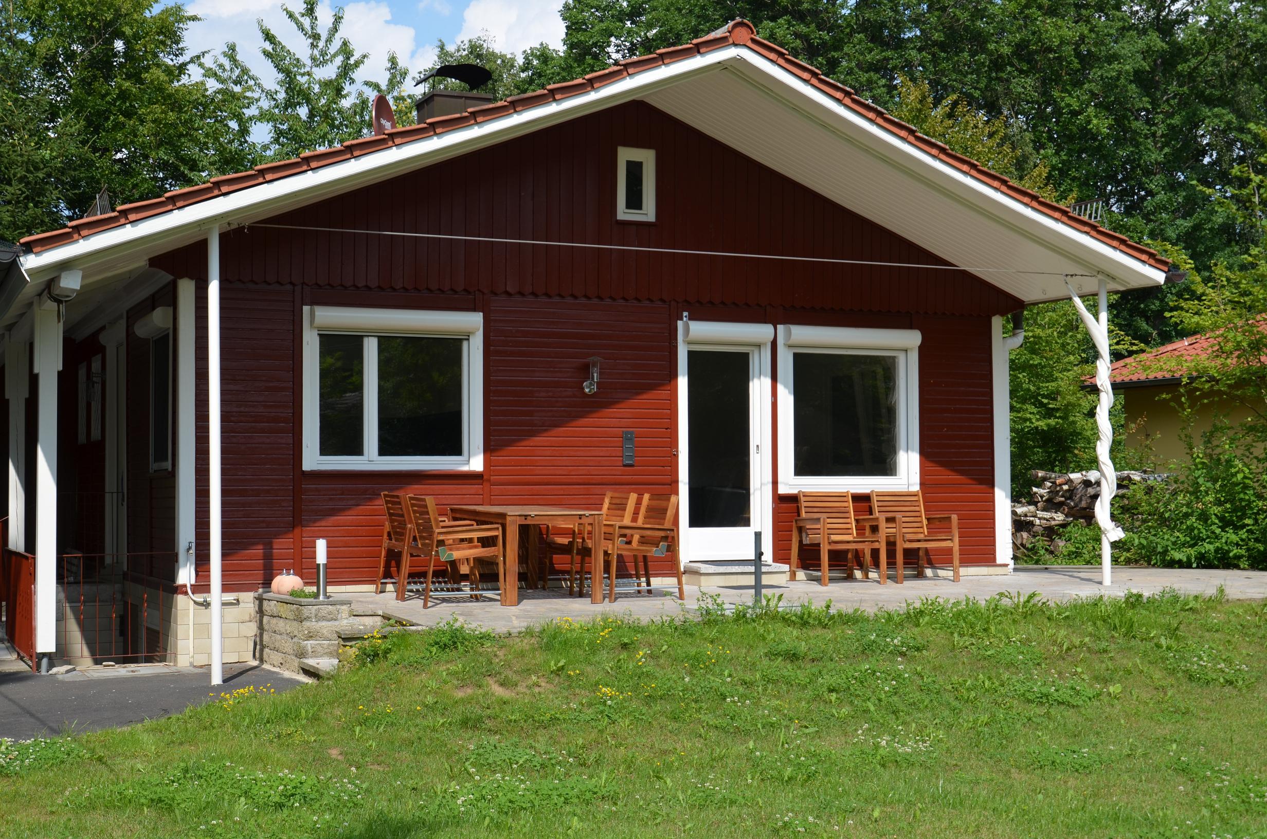 ferienhaus villa svenson das ferienhaus direkt am ellertsh user see in stadtlaurigen. Black Bedroom Furniture Sets. Home Design Ideas